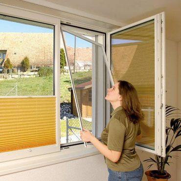 Антимоскітна віконна внутрішньорамна сітка 10х30