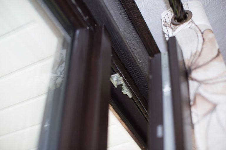 коричневая ламинация окна пвх